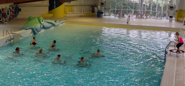 De nouvelles activit s dans vos centres aquatiques caux for Piscine gravenchon
